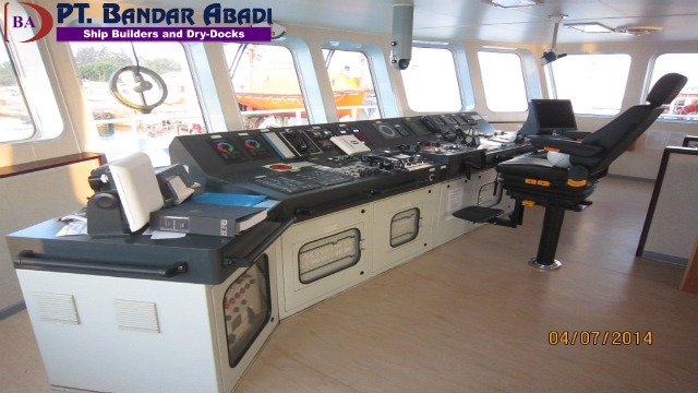 Ships Console & Navigation